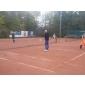 Afbeelding van Toepasselijk Hollands weer bij jaarlijks ouder - kind toernooi op STV Sassenheim